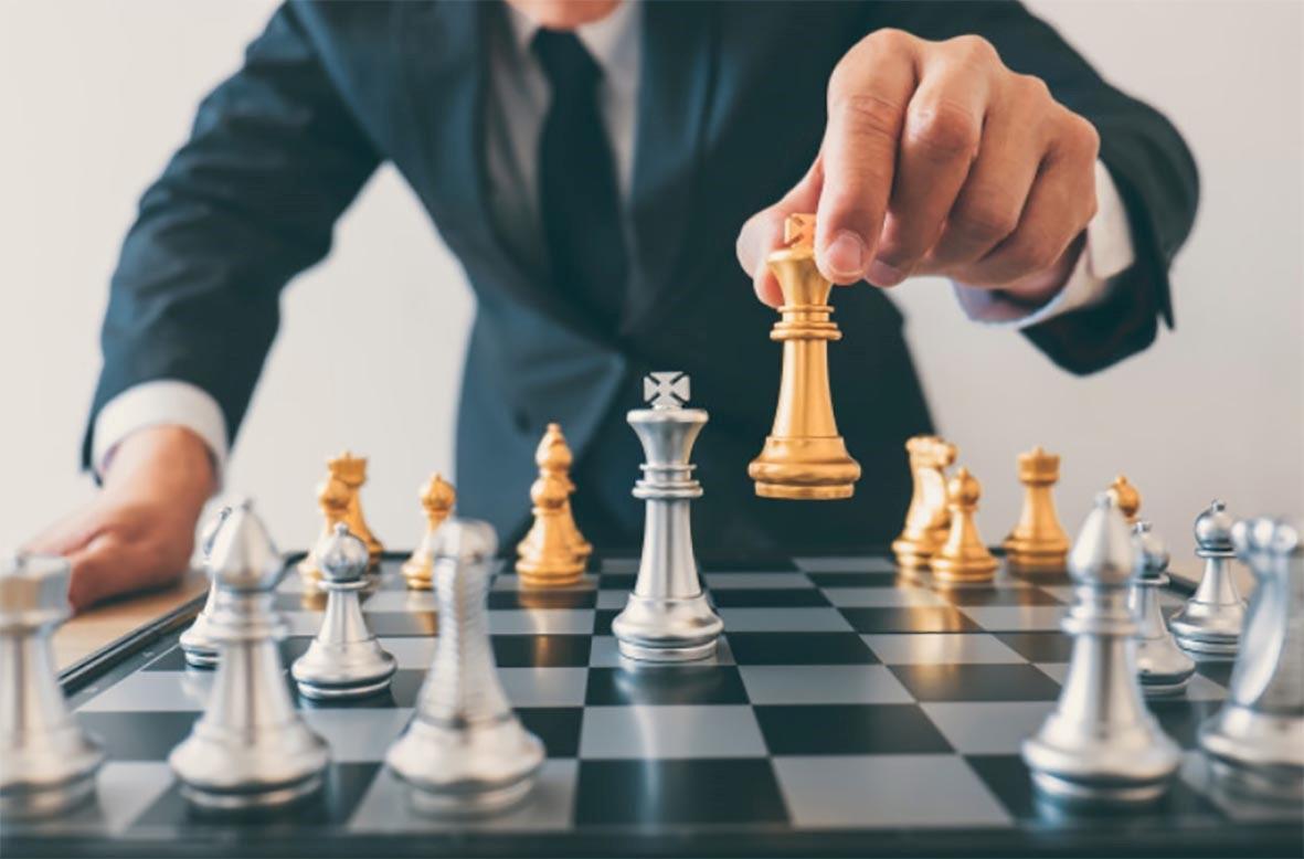 تفاوت مديريت استراتژيک و اجرايي پروژه