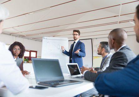 اين استراتژي ها به شما کمک مي کنند يک مدير حرفه اي باشيد.